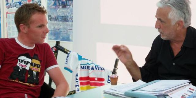 Patron Ivano Fanini, Riccardo Ricco'yu ikna etmeye çalışıyor