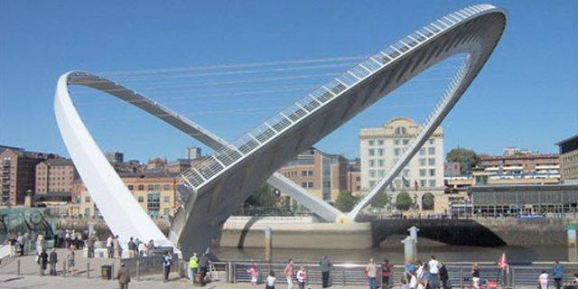 Gateshead Milenyum Köprüsü