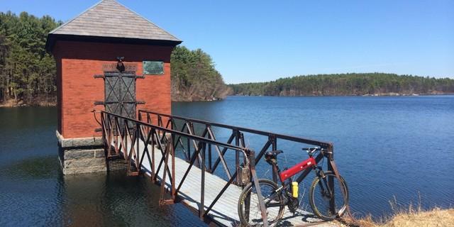 Bir dağ bisikleti yolculuğu için harika bir son nokta