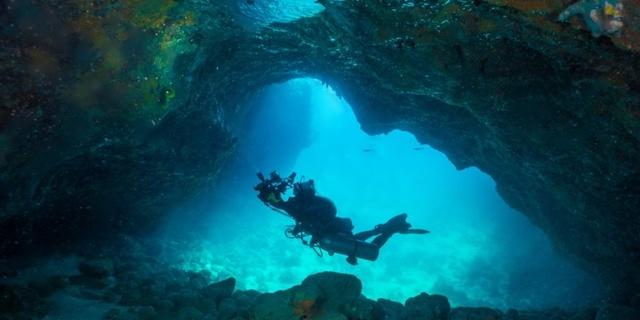 Su altında rahat hareket edebilmelisiniz