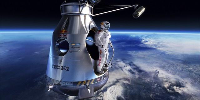 Başak Güldal'ın atlayış sırasında aşağıda en çok görmek istediği manzara: Dünya!