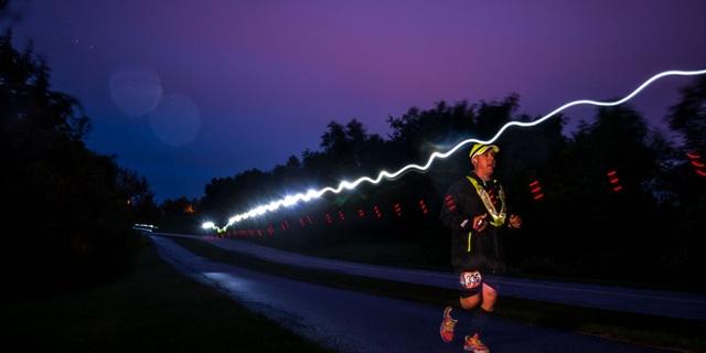 Karanlıkta koşacaksanız ışık kullanın