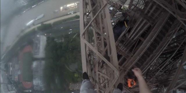 Eyfel kulesinde sıra dışı bir gezinti