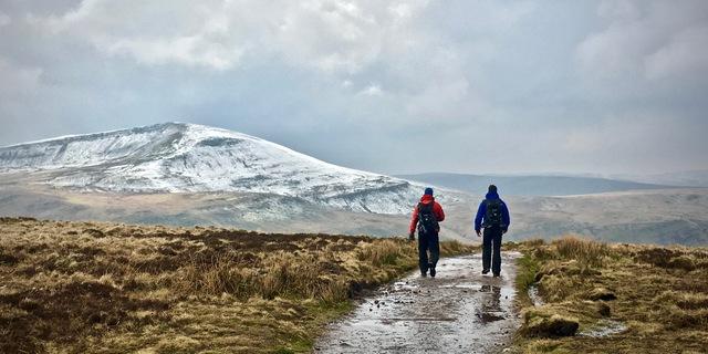 Kışın yapılan yürüyüşün tadı başka