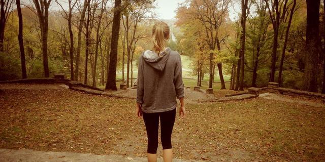 Taylor Swift rutin doğa yürüyüşlerinden birinde