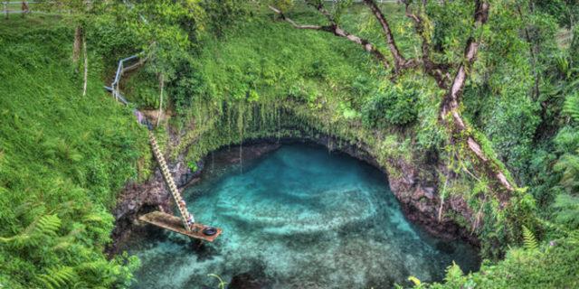 To Sua'da yüzmek başka bir şeye benzemiyor