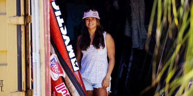 Yaz aylarında hobi olarak yaptığı rüzgar sörfü onu zirveye taşıdı…