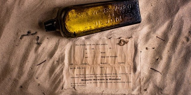 İşte meşhur şişe ve mektup
