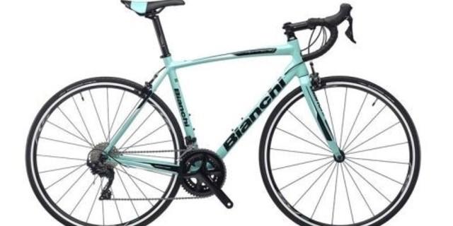 Klasik Bianchi mavisiyle…