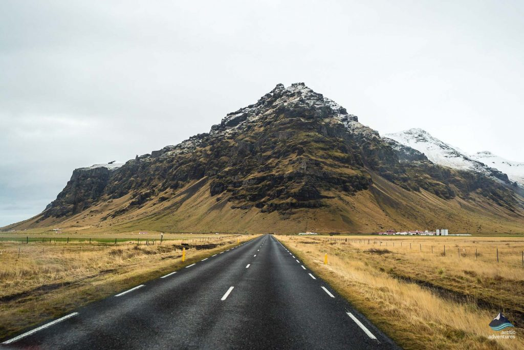 Road-South-Coast-Iceland
