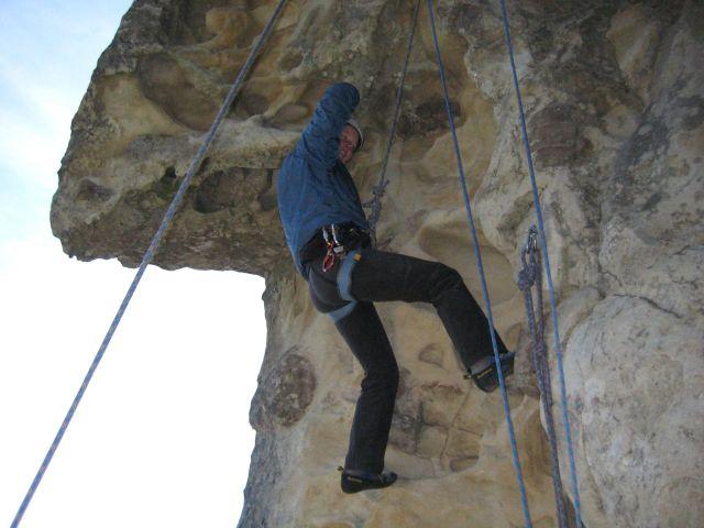 Outback_climbing_3