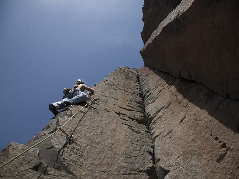 Lead_climbing_2