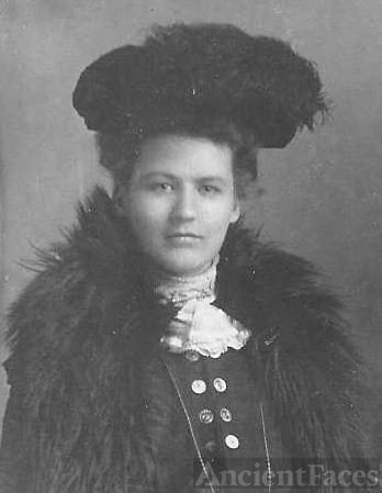Unknown woman, Feather hat
