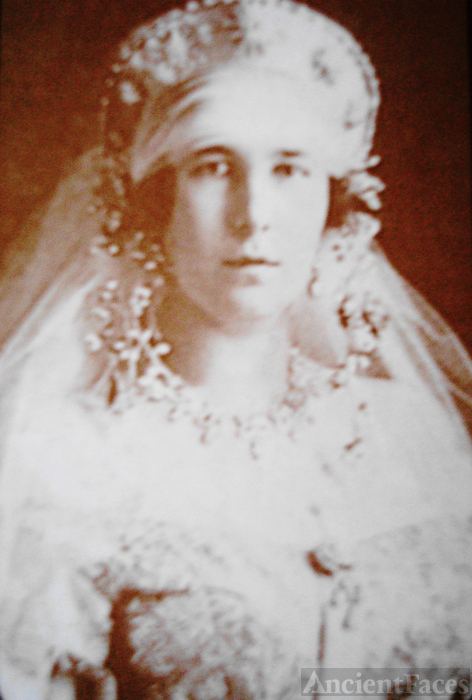 Grand Duchess Maria Kirillovna as a bride