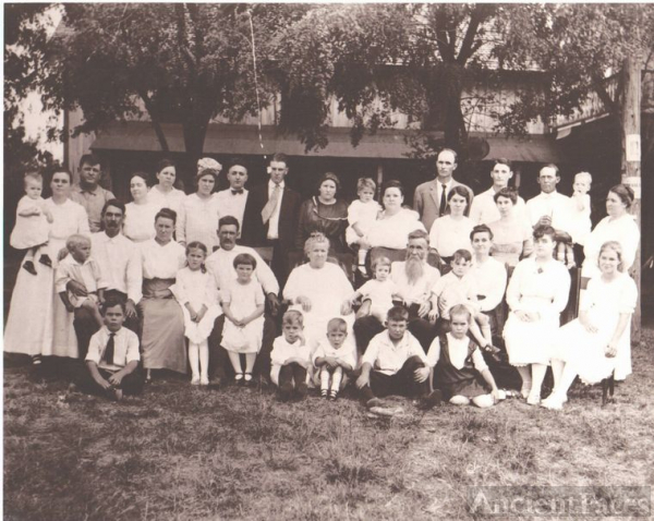 1917 Looney Family Reunion