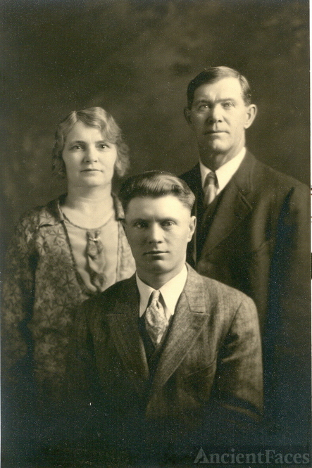 Mabel Ache,Harvey Harclerode & David Harclerode 1920's
