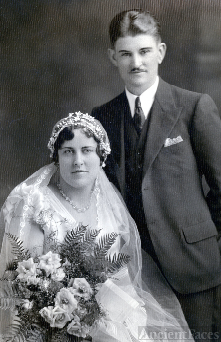 Christine & Phillip Kneifl, 1932