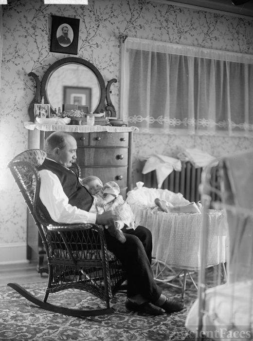 Lullaby and Goodnight - 1920's
