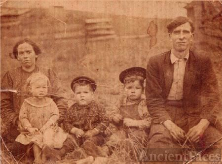 Saxon Family in Flint Hill,Fannin County, Georgia