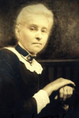 A photo of Lois Rollison Litten