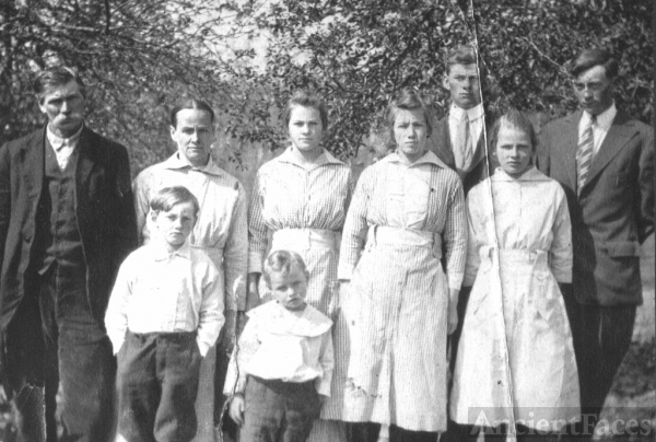 WILLIAM PINKNEY WALKER FAMILY