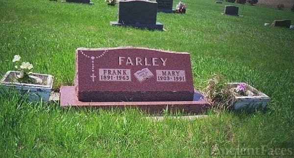 Gravestone of Francis W. and Mary C. (Lass) Farley