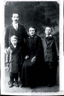 O'Sullivan Family, Ireland 1910