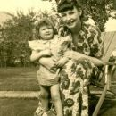 MaryBelle (Maxine) Willey Lindsey and granddaughter