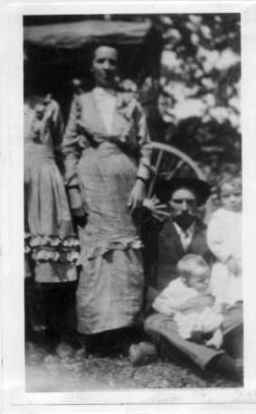Amos D. & Ruth (Turpin) Spence Family