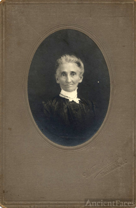 Unknown Woman Parkersburg WV