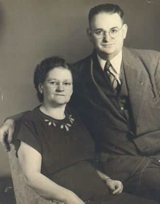 Alfred and Mona Hull