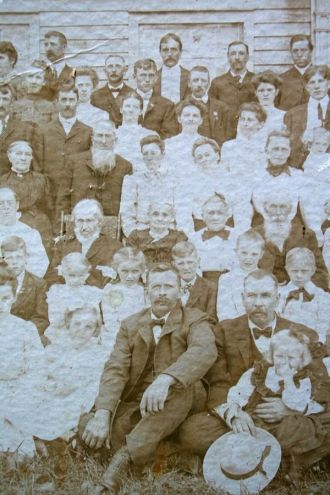Town Family Reunion, about 1905 [2/3]
