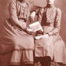 Ada Gifford (Robbinson) and Pearl (Wood) Ashton