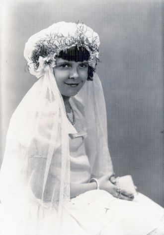 A photo of Betty Louise Maddux