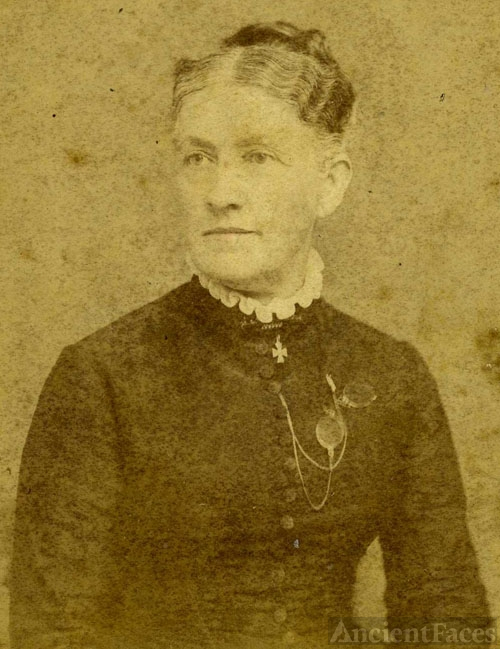 Mrs. L. L. Marks, Virginia