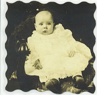 HELEN PEARSON BABY PICTURE