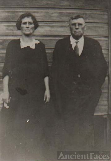 James and Mary Elizabeth (Rhea) Spivey
