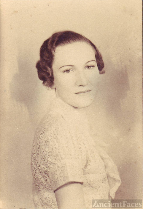 Cecille Virginia Groves