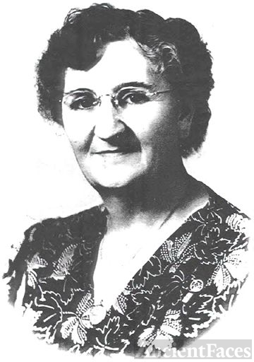 Jennie Eliza (Law) Yarger, Michigan