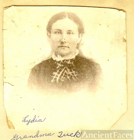 Lydia Tresey Caughron Tuck