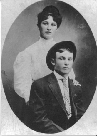 A photo of Lillian Gallion & Lonnie Middleton