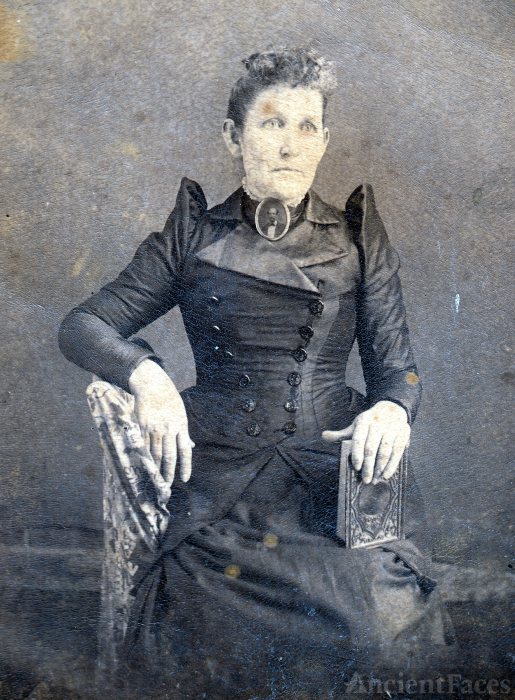 Possible Civil War Widow