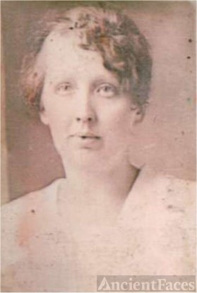 Nettie Edwards, younger
