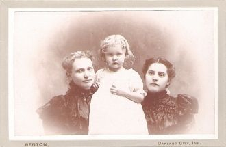 Viola Mayberry, Lillian Scales and either Oma or Delta Mayberry