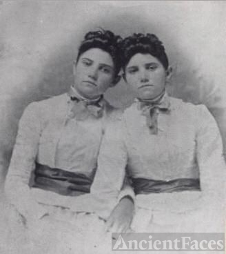 Mary Lou & Sally Ann Williams