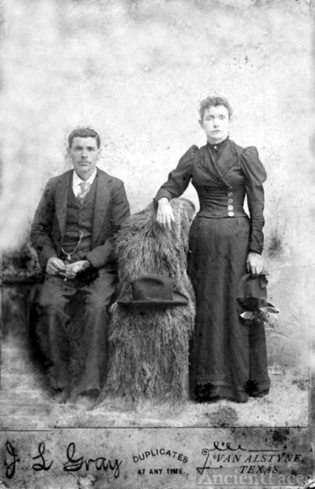 Isaac Houston Mount and Mary Alice Swindell