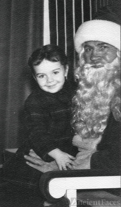 Mary Louise Yarnall & Santa, 1950  Pennsylvania