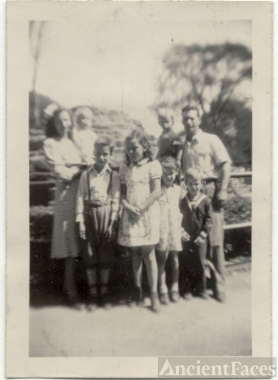 Pursley Family 1944 Ohio