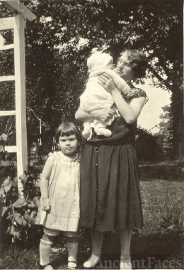 Lorraine, Sonny Lucas and Ida Smith