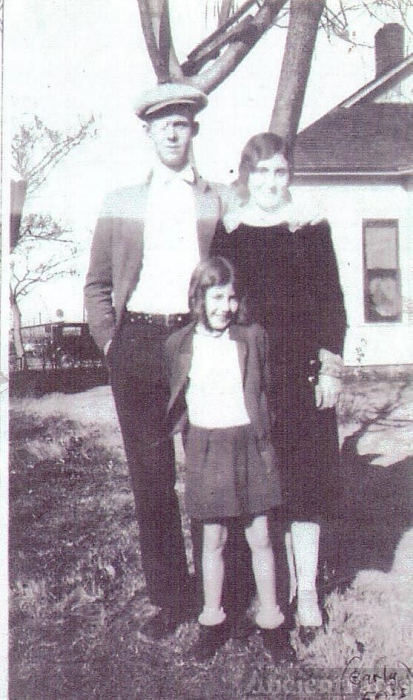 Charles Edward Storie,Gladys D. Snell Storie and Lois J. Storie